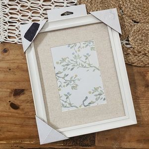 Threshold | NWT 2019 White & Cream Picture Frame